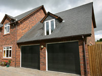 garage doors Oldham